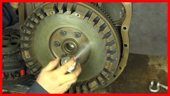 Video | Vintage Massey Ferguson 135  com